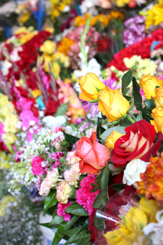 Flowers at Cusco market, Peru - lifestyle & travel blog