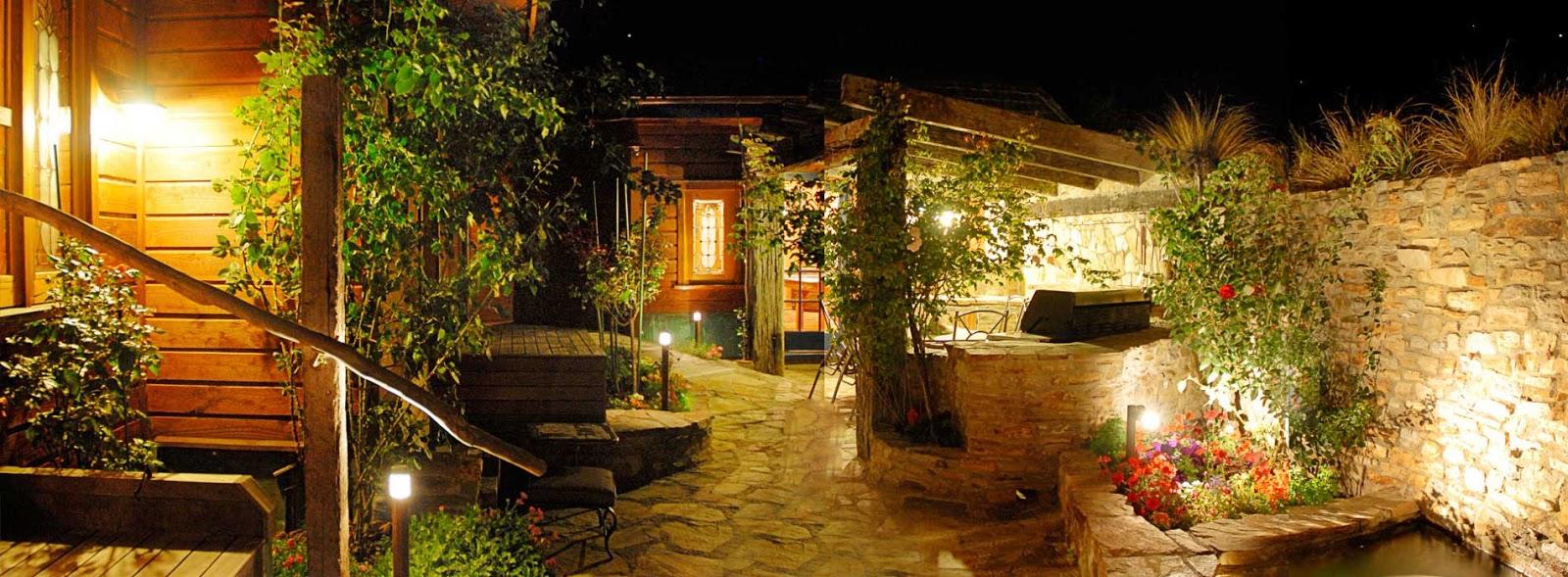 Instalaciones el ctricas residenciales luces de patio for Luces para jardin exterior
