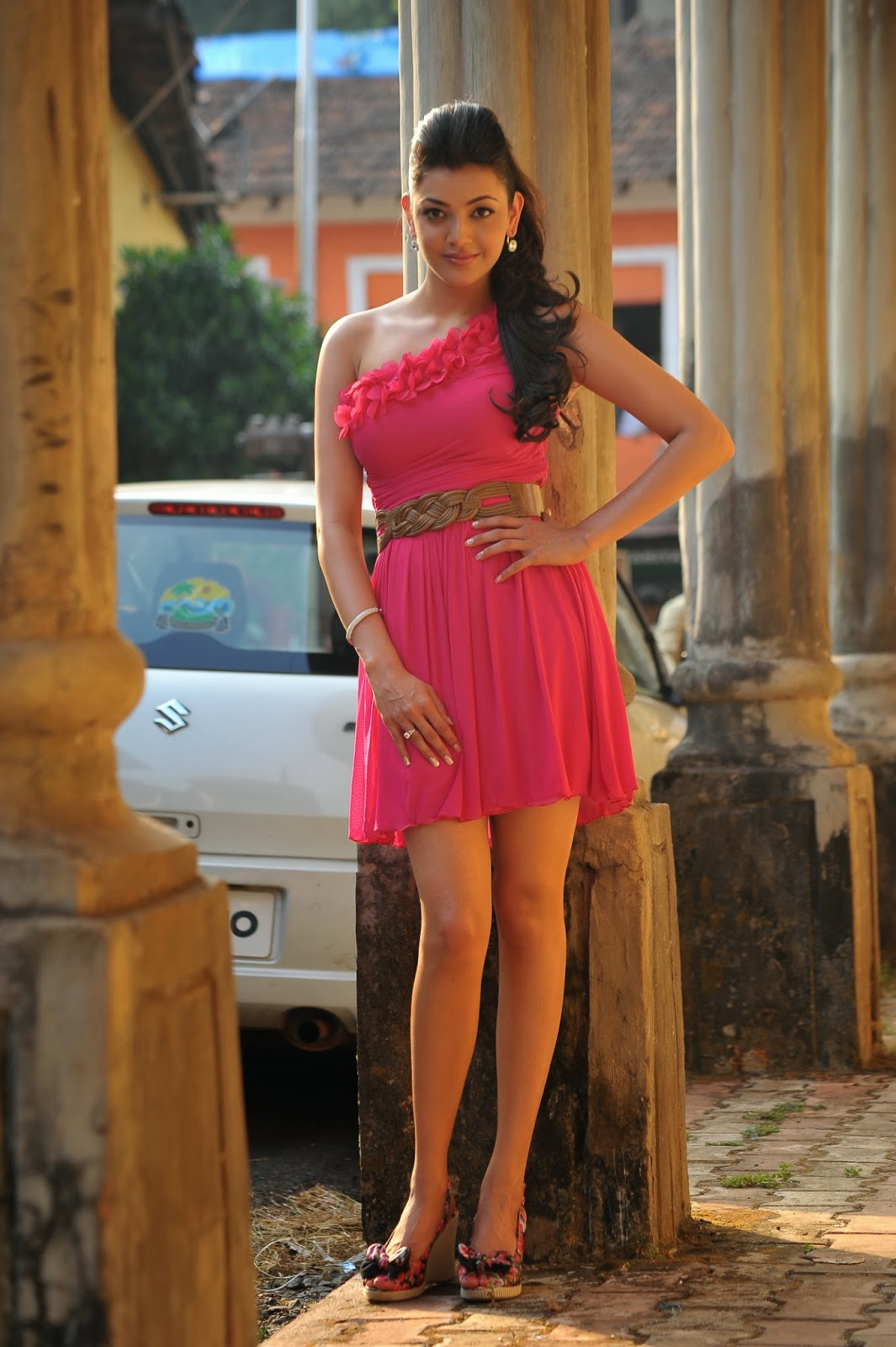 Nisha Agarwal Hd Wallpaper Kajal Aggarwal Hot Stills High Resolution Pictures