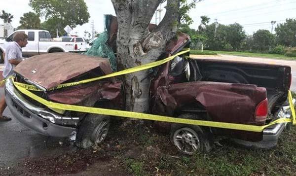 Las personas muertas en Florida por accidente de tráfico huyendo de huracán Irma