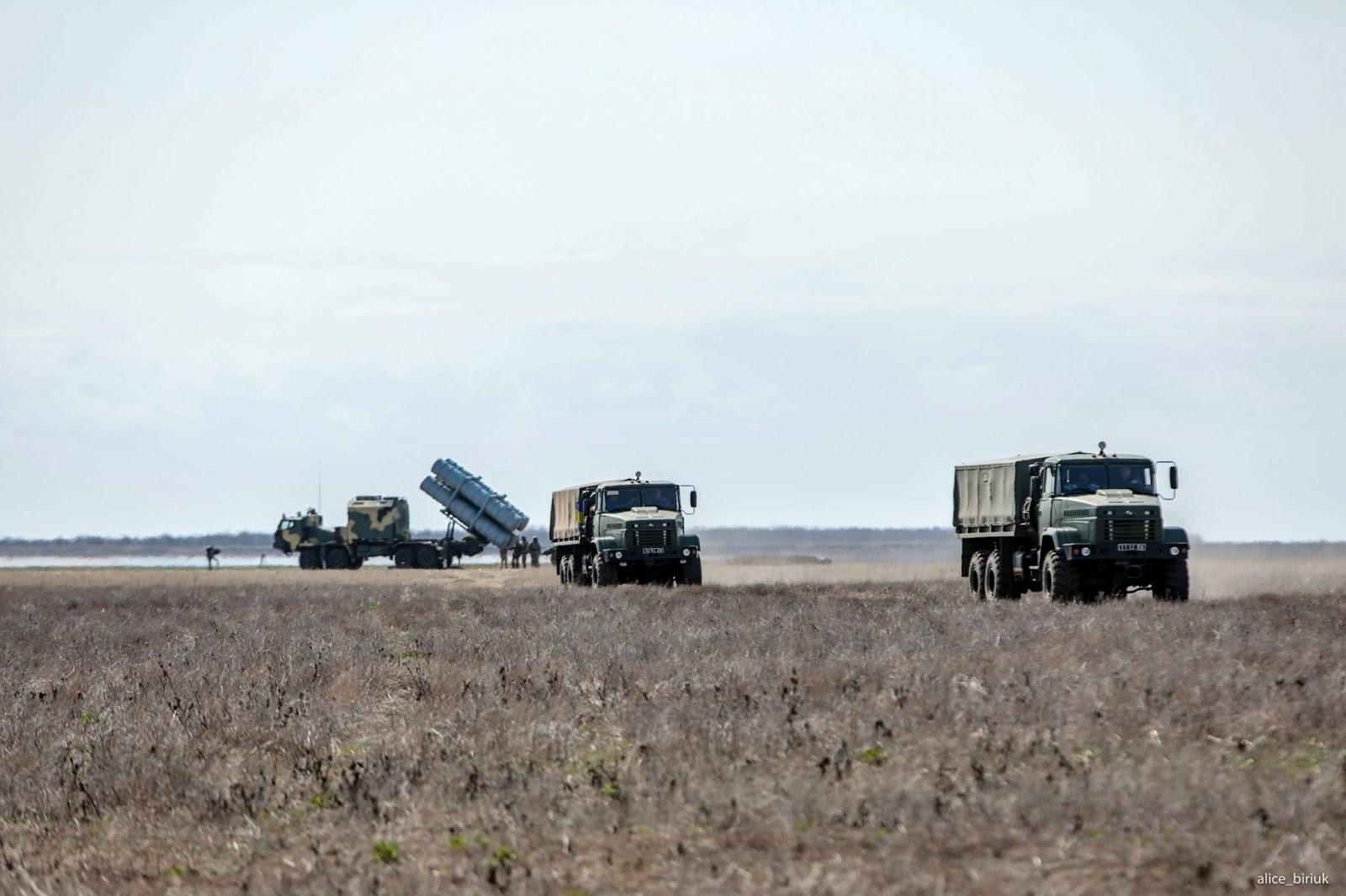 бойові стрільби берегового комплексу протикорабельних крилатих ракет Нептун