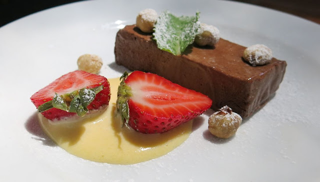 Black Spur Inn, Narbethong, frozen chocolate rum hazelnut parfait