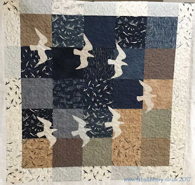 'Gull Quilt' by Sandra, quilted by Frances Meredith at Fabadashery