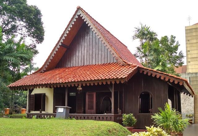 Rumah Kebaya Rumah Adat DKI Jakarta ( Artikel Lengkap )
