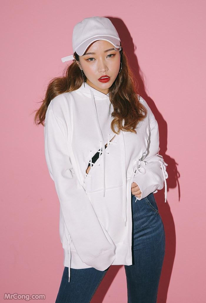 Image MrCong.com-Jung-Min-Hee-BST-thang-11-2016-011 in post Người đẹp Jung Min Hee trong bộ ảnh thời trang tháng 11/2016 (87 ảnh)