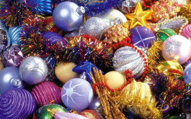 Kerst decoratie in vele kleuren