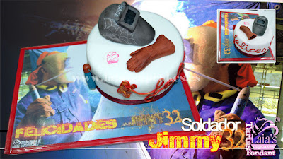 Tarta personalizada de fondant con modelado y base Jimmy el soldador Laia's Cupcakes Puerto Sagunto