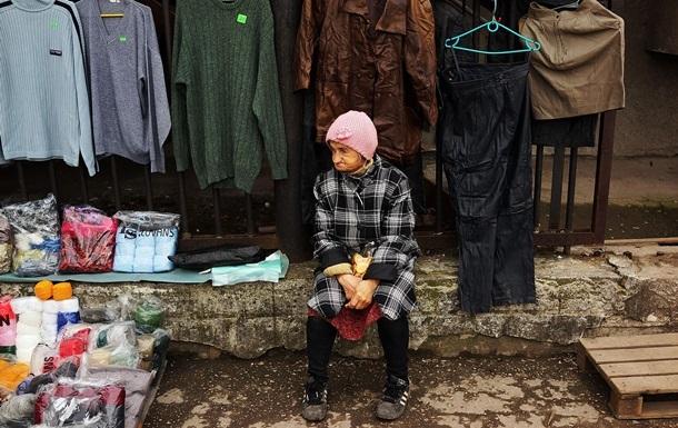 Бідних в Україні більше, ніж п'ять років тому