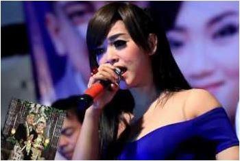 Download Kumpulan Lagu Mp3 Rindi Safira The Rosta