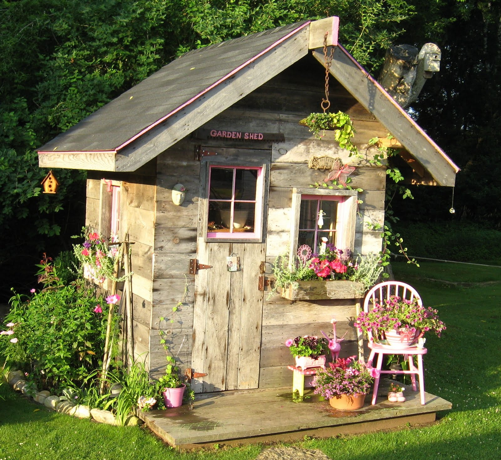 Artsy Chick Quilts: Part Two: THe Gardens on Cute Small Backyard Ideas id=22686