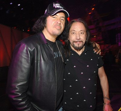 Gene Simmons and Ace Frehley to reunite for benefit show