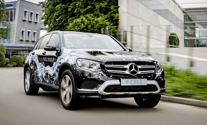 Mercedes GLC F-Cell plug-in prototype