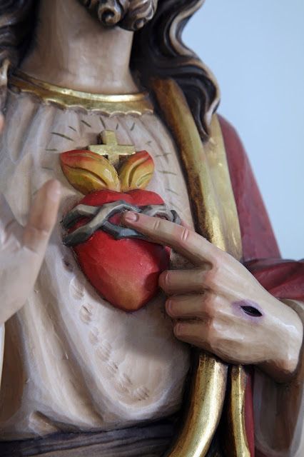 Tips for teaching students about the Sacred Heart of Jesus. Also includes a review of Healing Promises: An Essential Guide to the Sacred Heart
