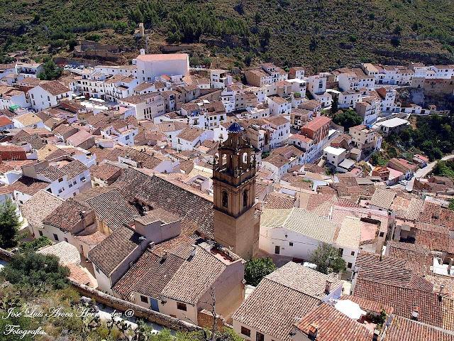 Chulilla (Valencia).