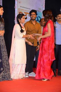 Actress Samantha Stills At Jaanu Movie Pre Release Event
