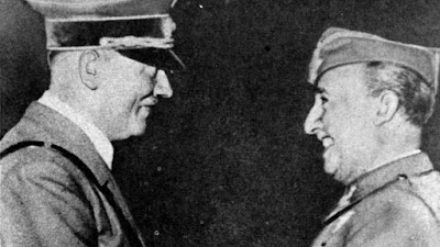 El 23 de Octubre de 1940 Hitler se entrevista con Franco en Hendaya | Foto: La Vanguardia