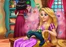 Disfruta de un nuevo juego para chicas y diviértete jugando a Rapunzel Design Rivals. Gothel piensa que ella, como madre tiene mejor gusto cuando se trata de diseñar vestidos, pero Rapunzel quiere crear sus propios vestidos. Ayuda a la princesa Rapunzel a hacer nuevos para ella. Encuentra bonos para acelerar el proceso o conseguir más tiempo para terminar el proyecto.