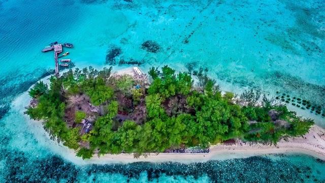 Open Trip Pulau Seribu di Pulau Semak Daun
