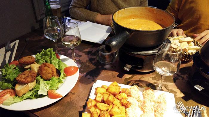 """"""" Maison des fondues """" repas"""