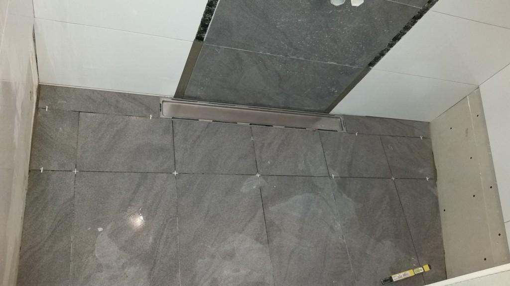 Verflieste Dusche bäder renovierungen fliesenleger mannheim bad mit bodengleicher