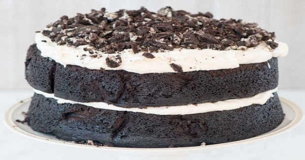 Extreme Cookies 'N Cream Oreo Cake Recipe