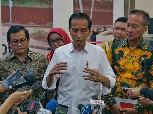 Jokowi Tegaskan THR Jelang Hari Raya Tak Bernuansa Politis