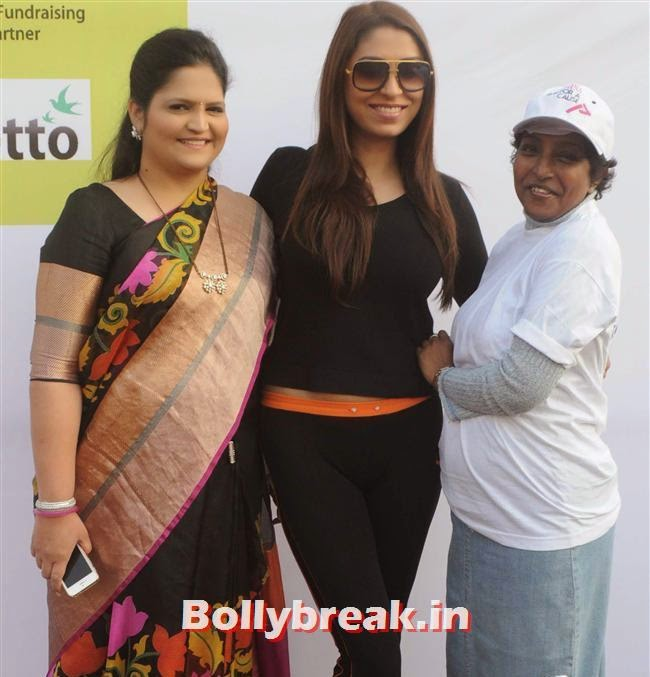 Usha Kakade, Pooja Mishra and Corina Manuel, Pooja Misra at Femina Marathon-Run to Save The Girl Child