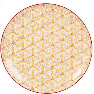 http://track.effiliation.com/servlet/effi.redir?id_compteur=21763963&url=https://www.maisonsdumonde.com/FR/fr/p/assiette-a-dessert-en-faience-motif-floral-179883.htm