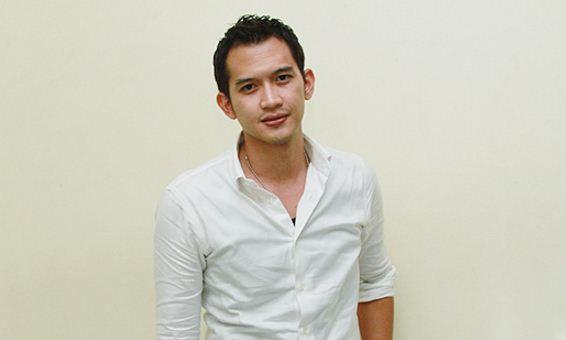 Profil dan Biodata  Rezky Aditya