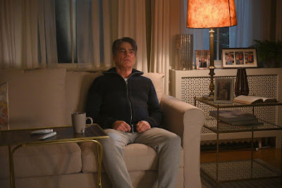 Zoeys Extraordinary Playlist Series Peter Gallagher Image 2