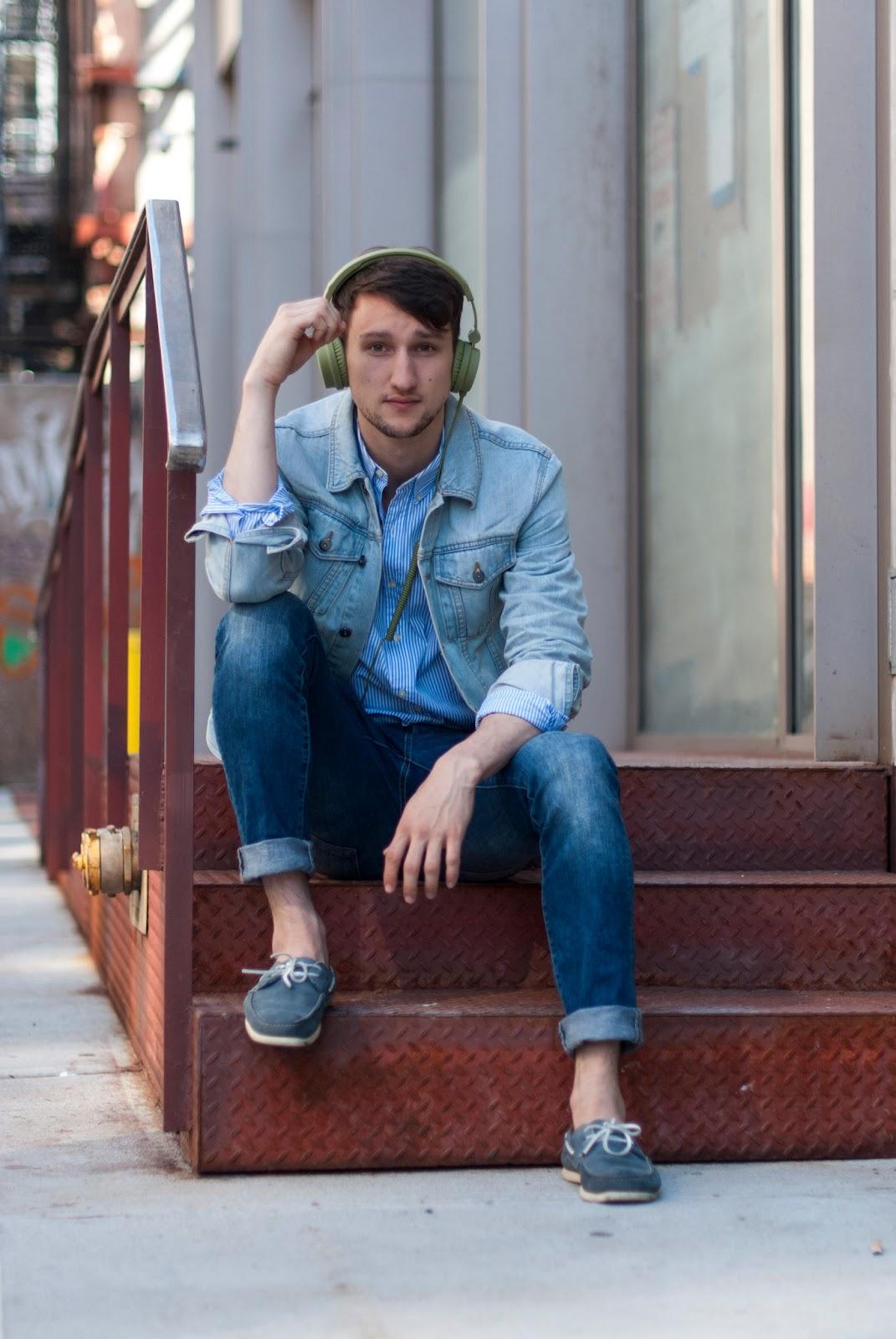 79320c432e8a2c Jeans Shirt Boat Shoes - raveitsafe
