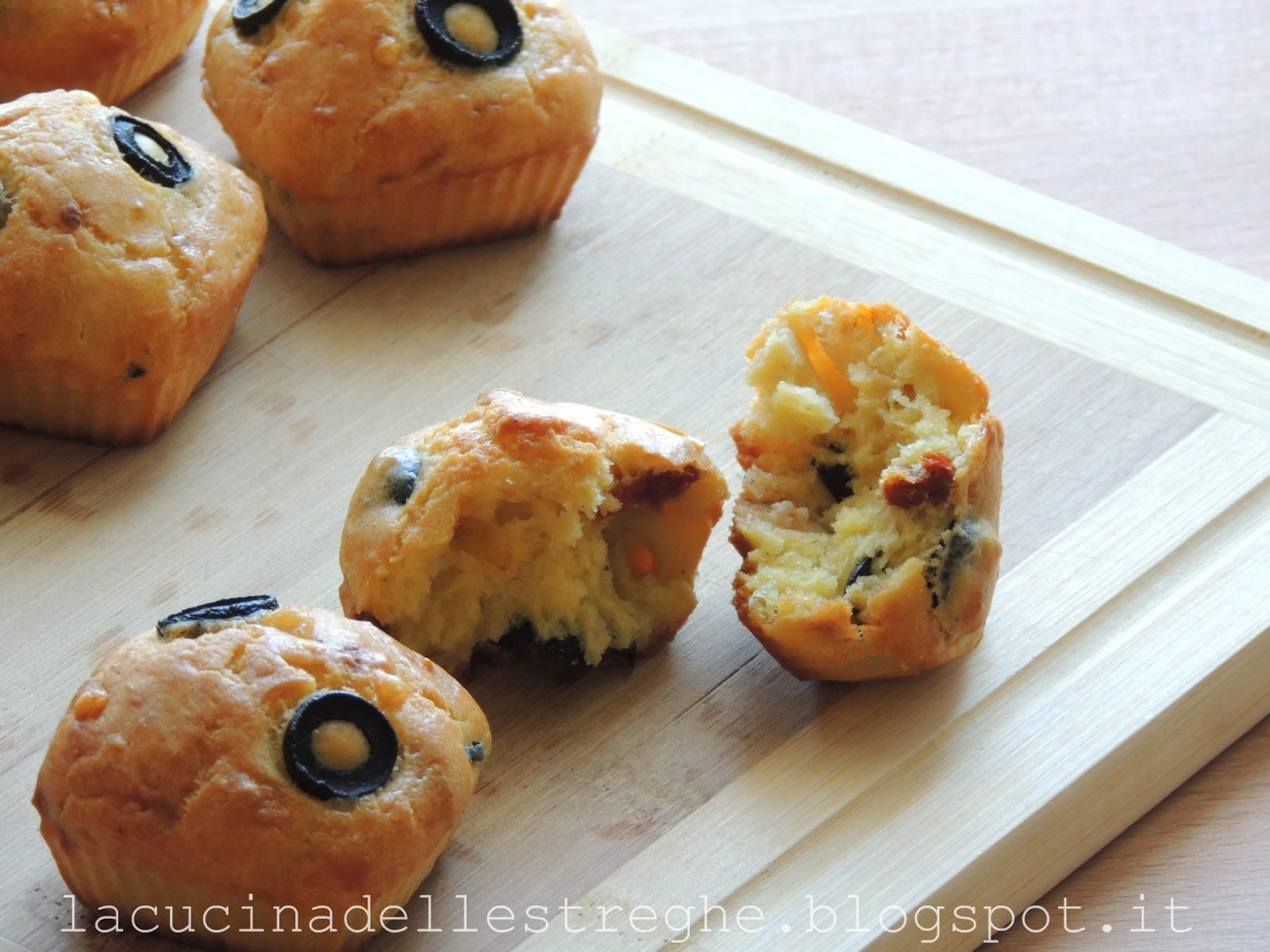 Cake Sal Ef Bf Bd Olive Tomate Blanc De Poulet  Oeuf
