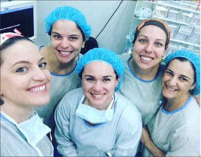 a cirurgia de varizes requer uma equipe altamente especializada para ser realizada