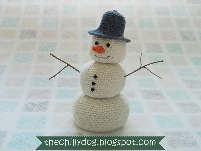Crochet Amigurumi Snowman Pattern The Chilly Dog