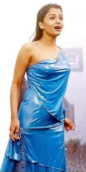 Bollywood Hot Actress Aishwarya Rai - Various Hot Photos-7573