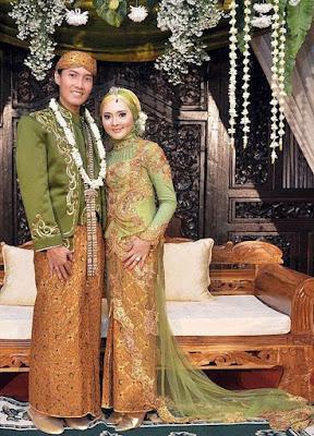 model gaun pengantin muslimah jawa