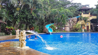 Araya_swimming_pool
