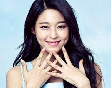 Seolhyun AOA Ace of Angels Acuvue 2016