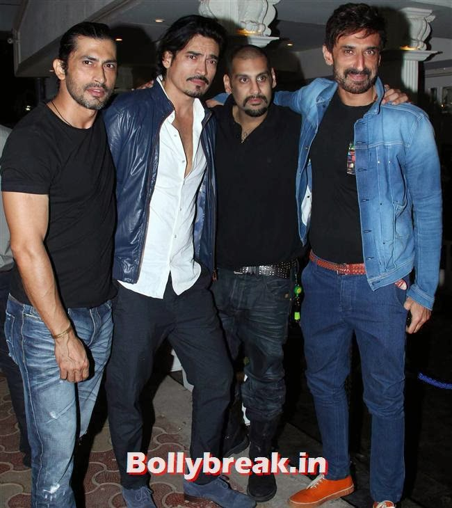 Rahul Dev, Shahrukh, Shahid, Ekta at a Bar Launch