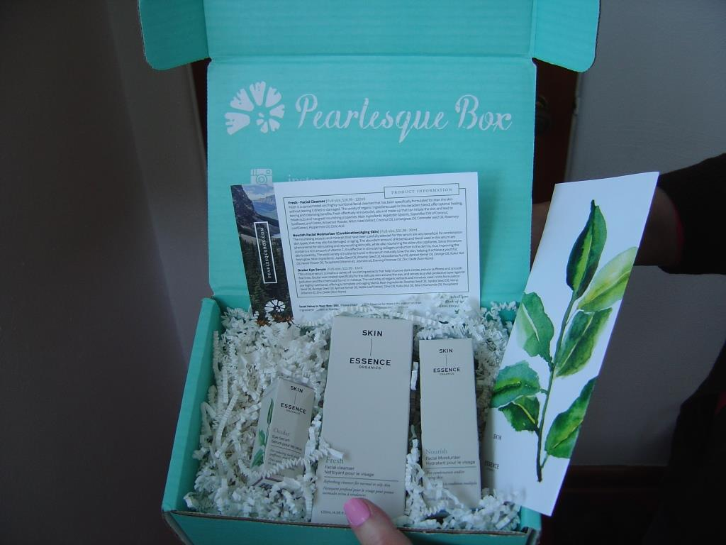 Pearlesque Box for March 2016