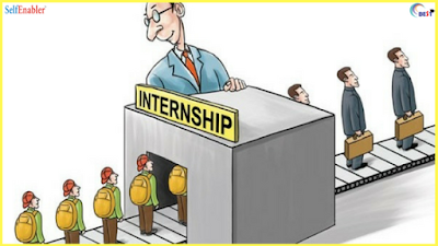 HOW INTERNSHIPS CAN HELP IN FUTURE CAREER
