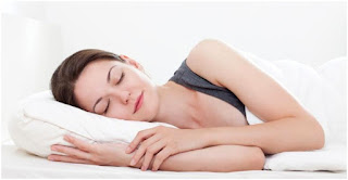 Tidur cukup Dapat Membantu Menurunkan Berat Badan Cewek Cantik