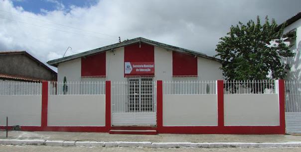 Secretaria Municipal de Educação de Olho D'Água do Casado emite note de pesar pelo  falecimento da professora Rosiete Nicasio
