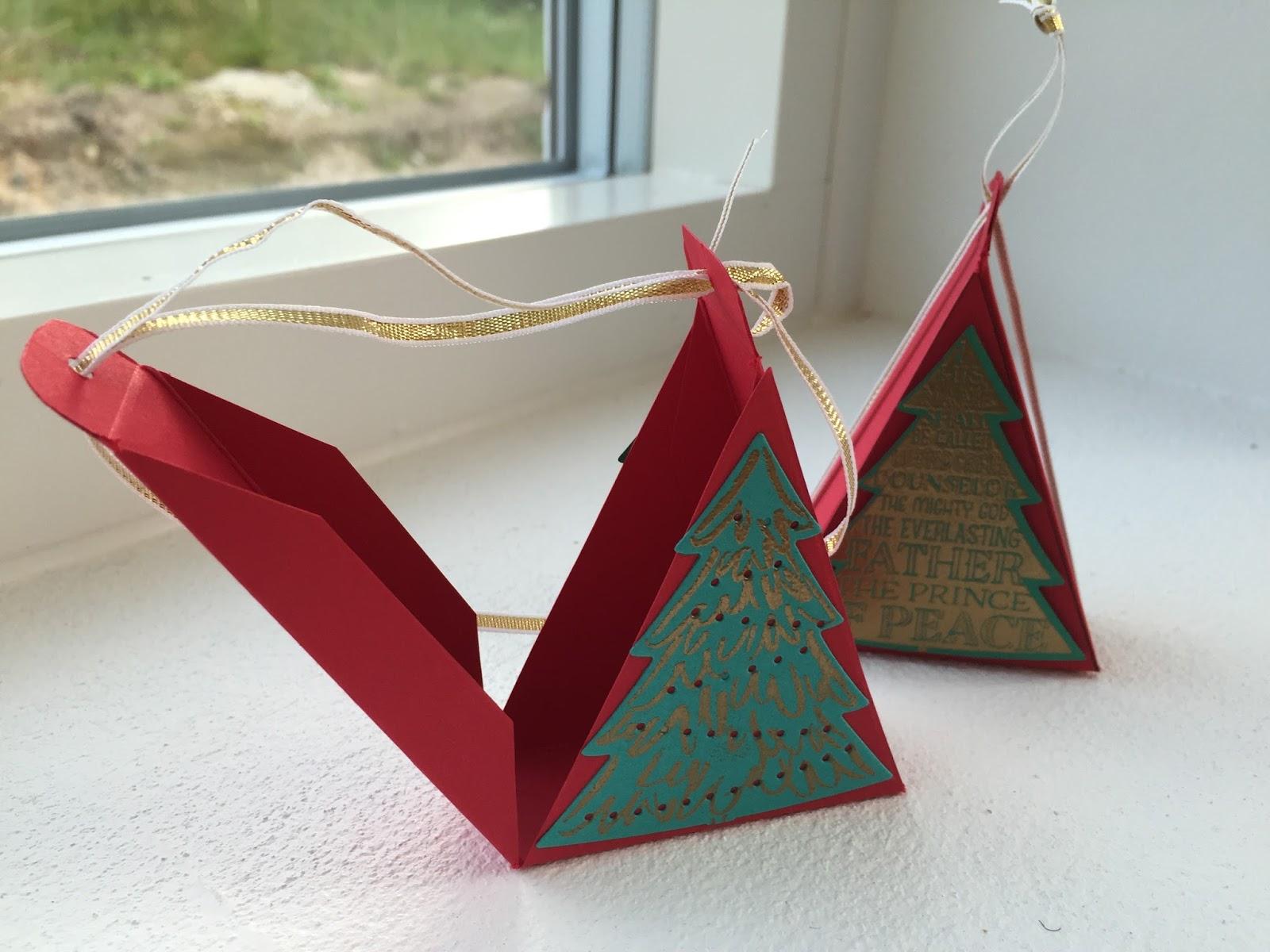 Craftycarolinecreates triangular christmas tree treat box for Christmas tree in a box