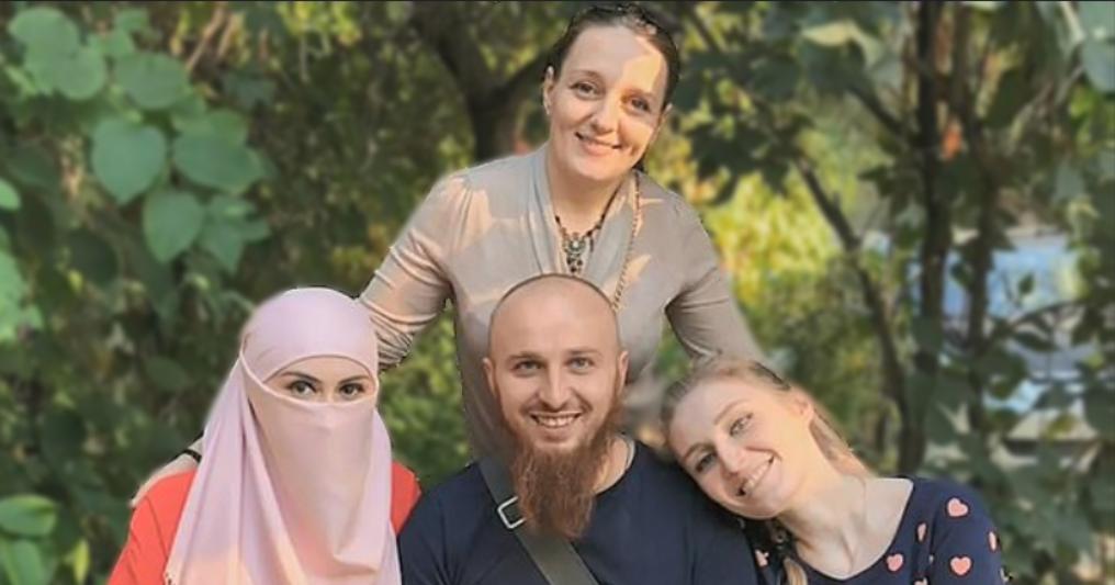Ρώσος ζει με τρεις γυναίκες και όταν τον εκνευρίζουν τις κόβει το φικι φικι για τιμωρία