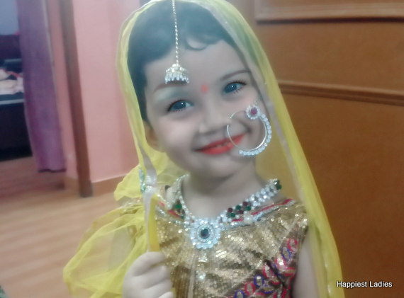 how to dress as Radha for Krishna Janmashthami
