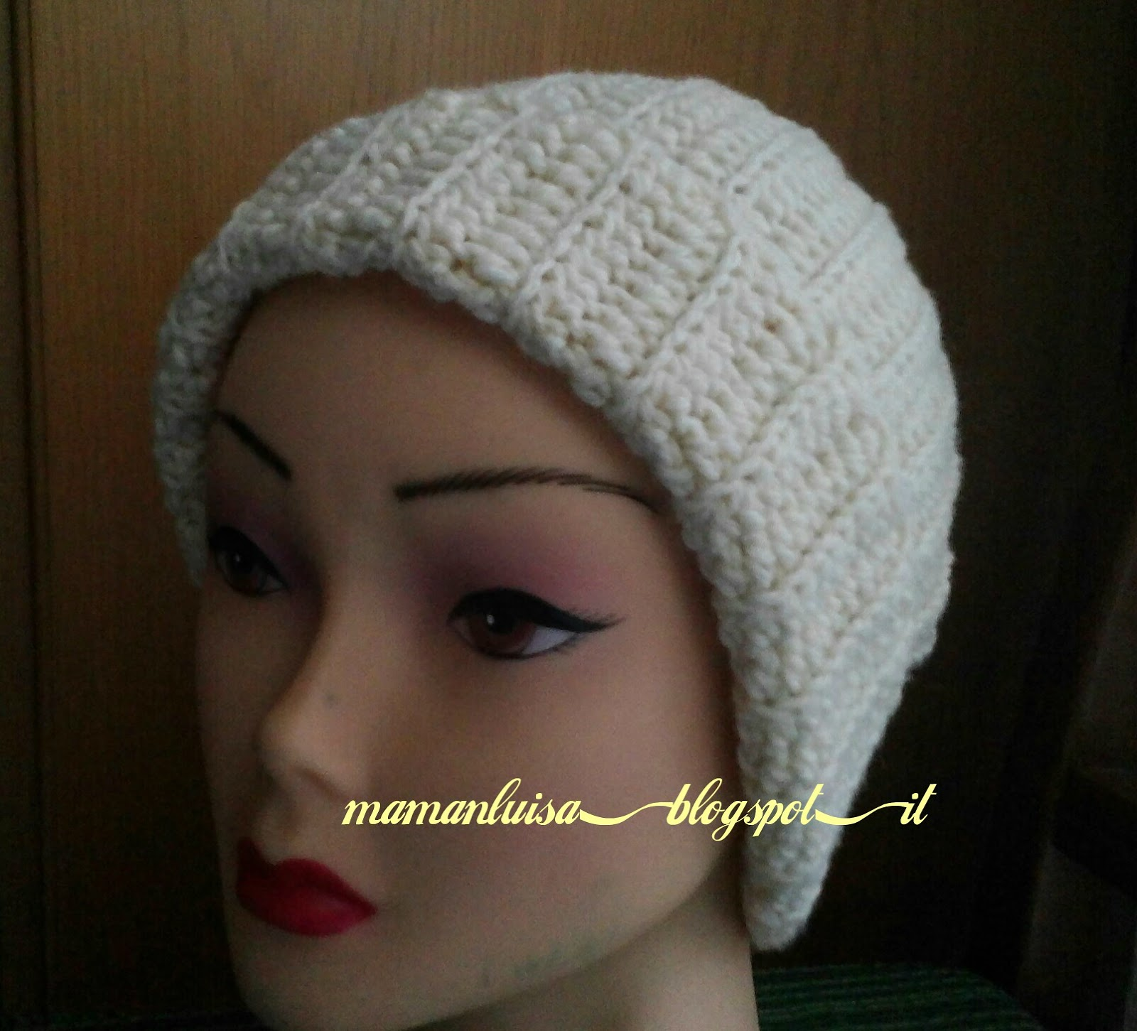mamanluisa  cappello bianco all uncinetto c2e9bc772079