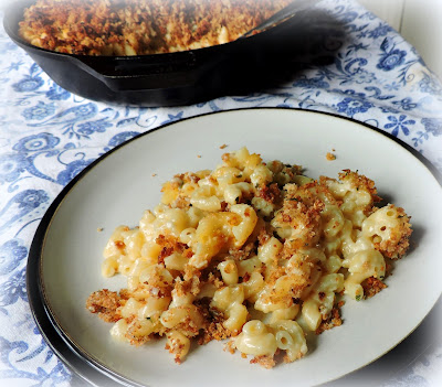 Baked Mac & Cheese with a Crispy Crumb Topping