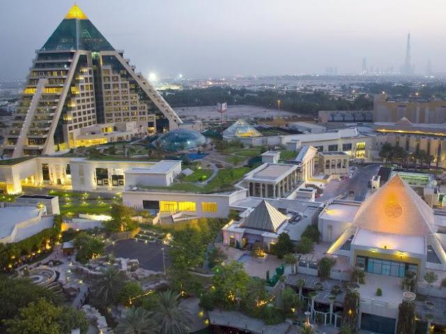 Los centros comerciales más grandes e impresionantes del mundo, Waffi Mall Dubái