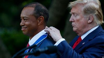 Trump Anugerahi Pegolf Tiger Woods dengan Medali Kehormatan Sipil Tertinggi